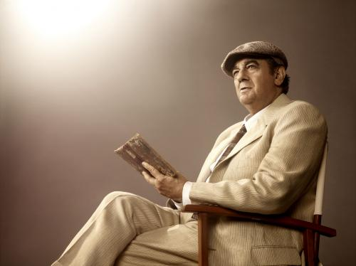 Plácido Domingo as Pablo Neruda, Photo by Art Streiber
