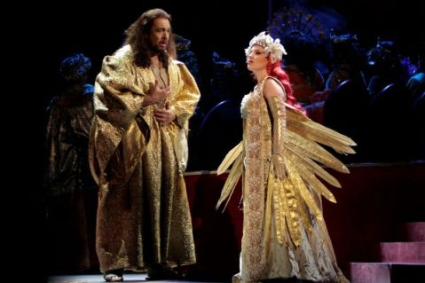 Pläcido Domingo as Athanaël, Nino Machaidze as Thaïs.       Photo: Robert Millard